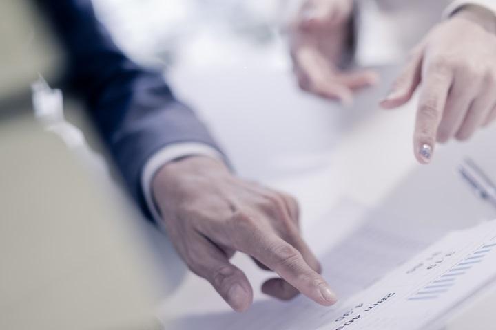 83c67d26675 Les salariés recrutés sous CDD bénéficient des mêmes droits et sont soumis  aux mêmes obligations que leurs collègues embauchés en CDI